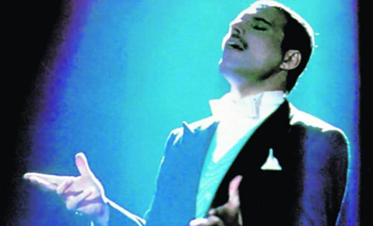 26 años de la partida de un genio — Freddie Mercury