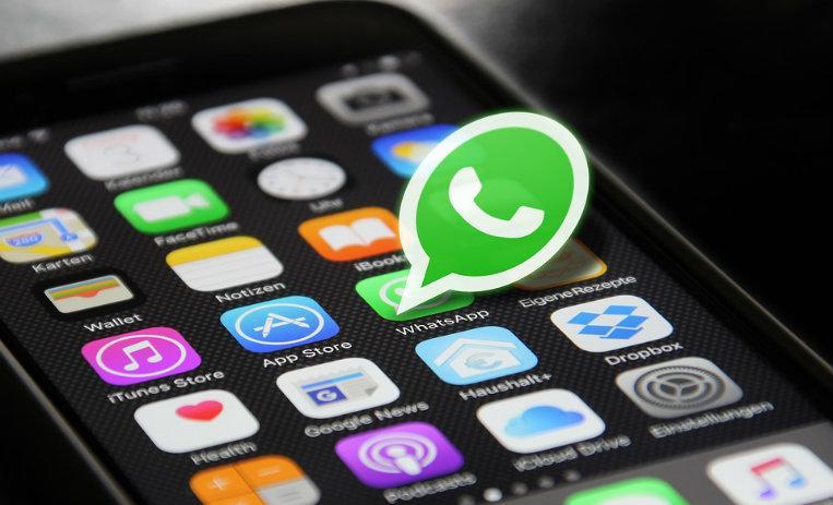 Instagram está probando una función para compartir sus Historias en WhatsApp