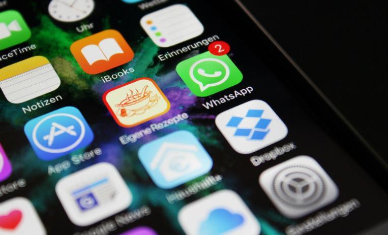 tecnologia, whatsapp, adicción al whastapp, dependencia al whatsapp, dependencia a la tecnología, síntomas adicción,