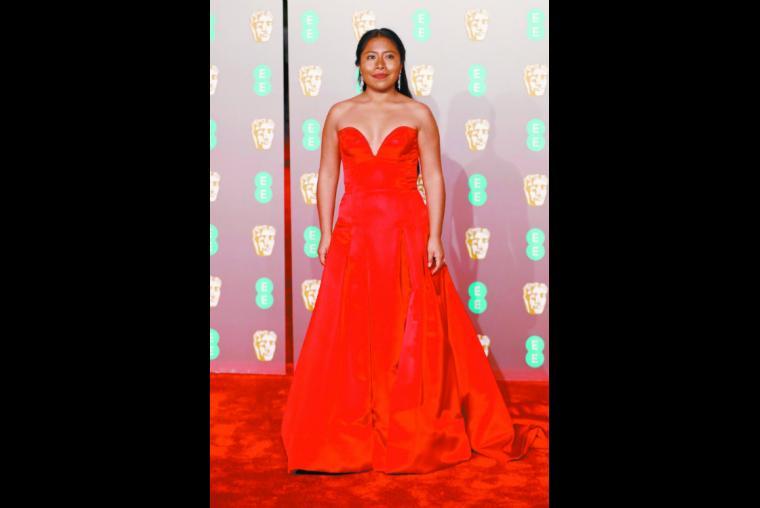 f5cf0a139 10 hermosos vestidos que Yalitza Aparicio ha lucido