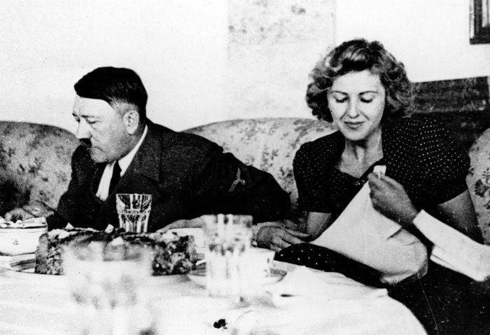 Adolf Hitler, Eva Braun, pareja, historia de amor, muerte, búnker, líder alemán, nazismo, cena,