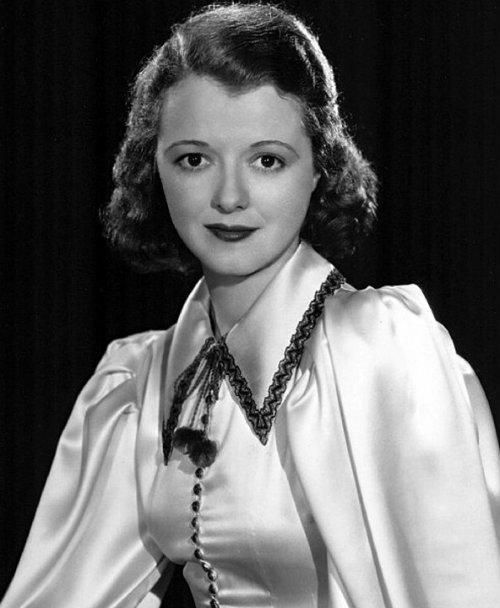 Janet Gaynor, primera mujer en ganar un Oscar, actriz, oscar, primera mujer, 1929, premios de la Academia, Hollywood, estatuilla,