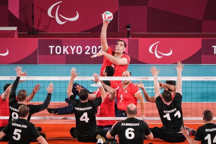 Morteza Mehrzad, el atleta paralímpico de 2.46 metros que brilla en Tokio 2020